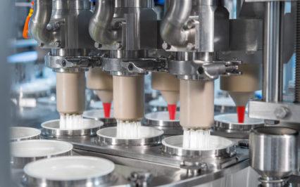 YAOURT – Machine de conditionnement rotative volumétrique petites et moyennes cadences – NEO
