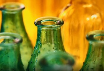 Glass packaging: Why choose reuse over recycling?